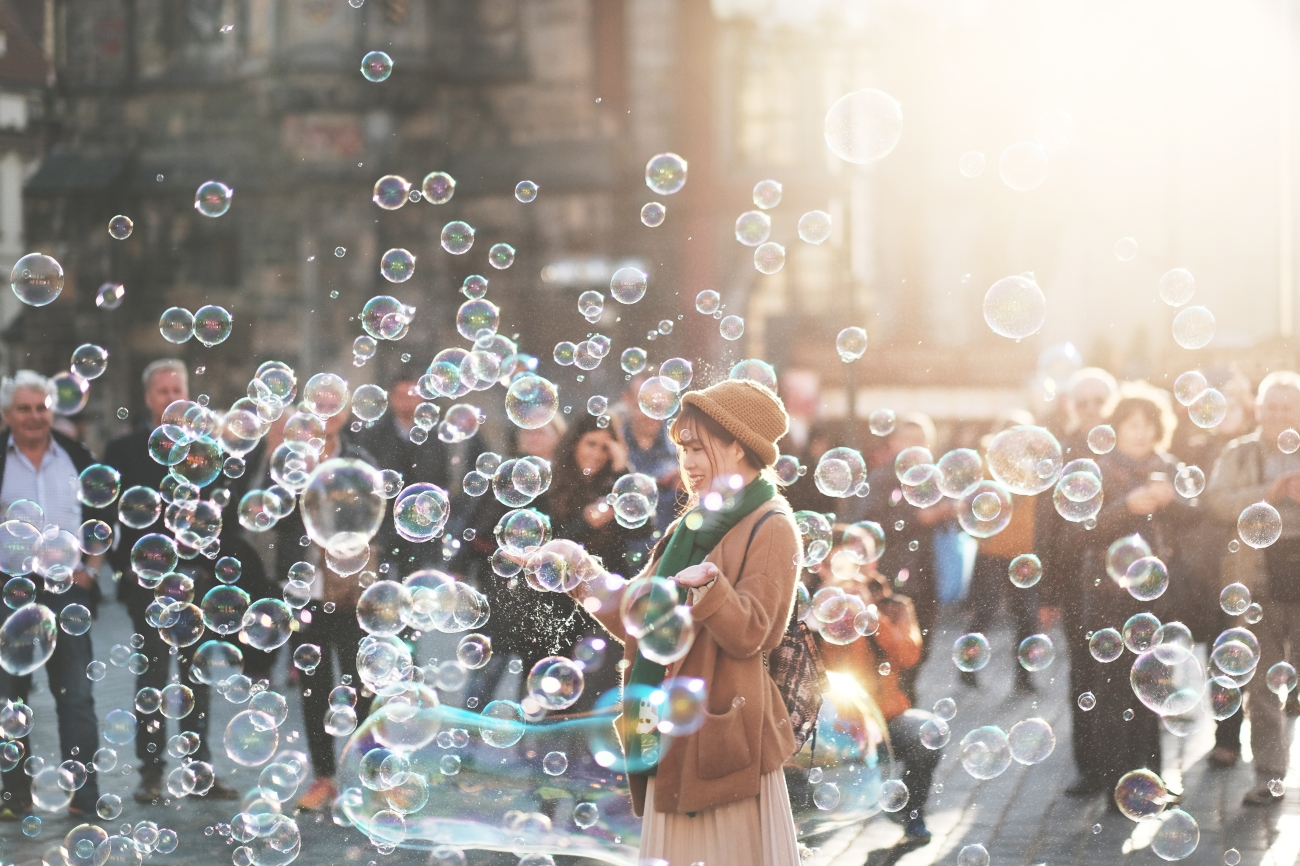 alejandro-alvarez-150148 bubbles.jpg