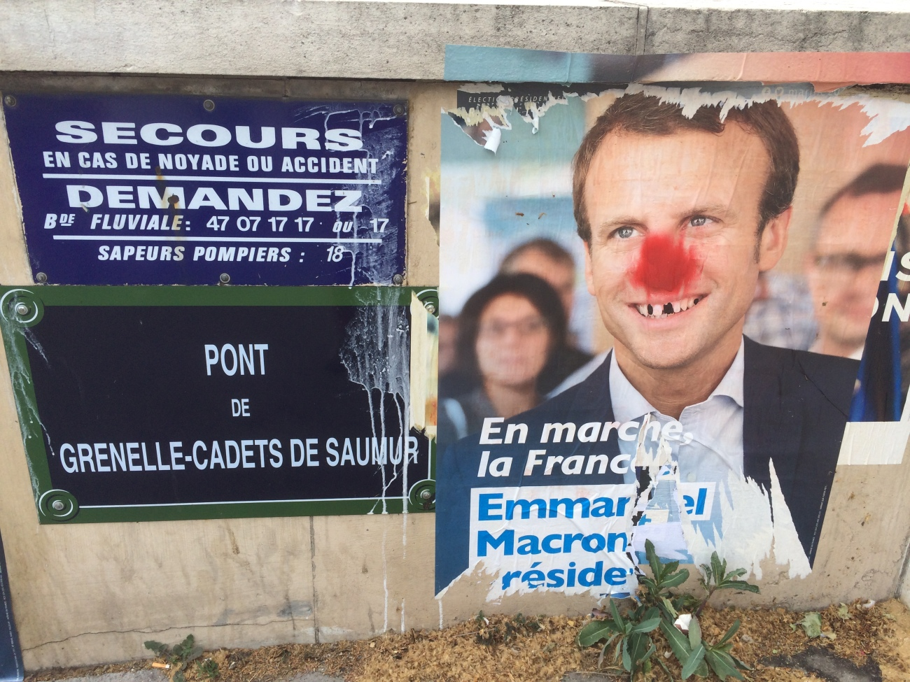 paris the hood 002 election sign IMG_8194